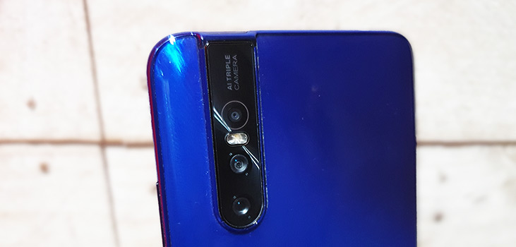 V15 Pro Review in India
